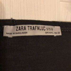 Zara Tops - Zara distressed basic black tee 🖤